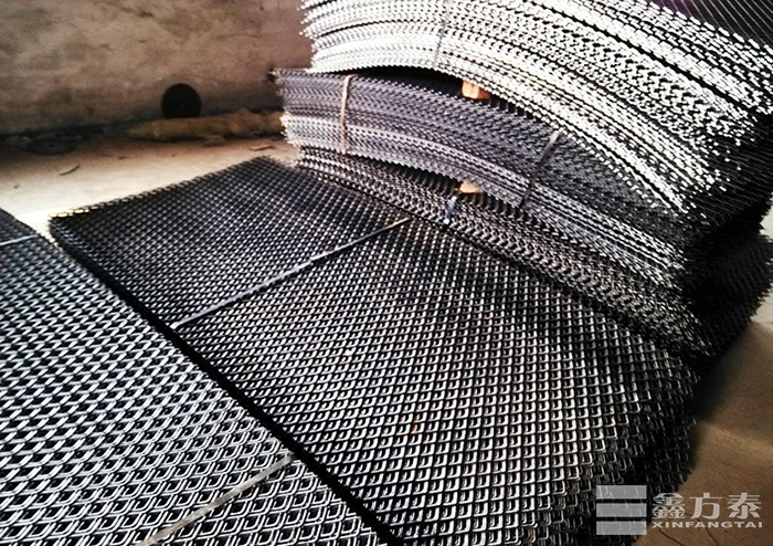 优质中重型钢板网