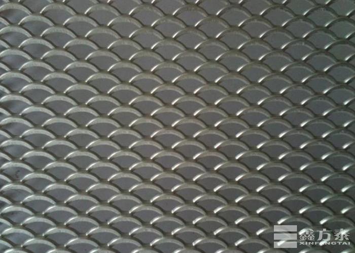 小型鳞型钢板网