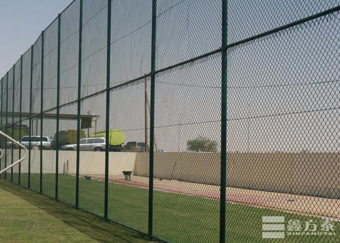 球场勾花护栏网