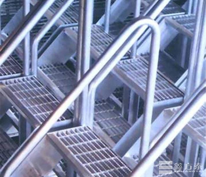 窄型钢格板踏步板