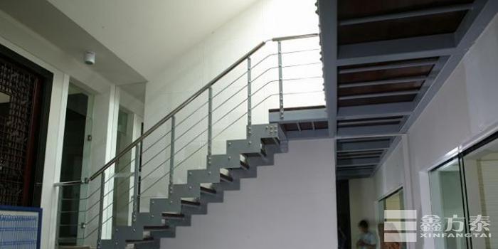 市内钢格板钢梯