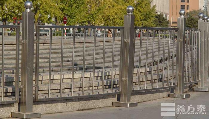 球形栏杆广场案例
