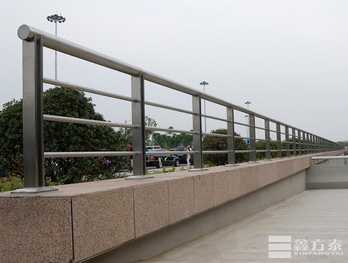 公共区域球形栏杆(中央广场)