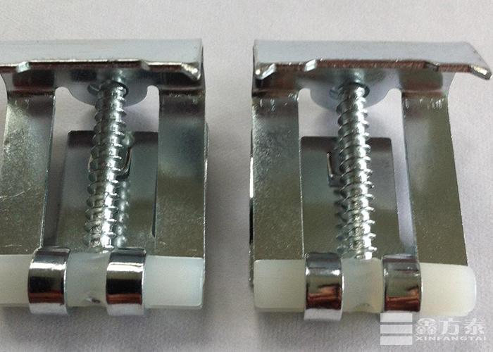 异型钢格板安装夹